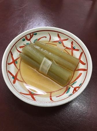 金沢「季節料理おでん黒百合」